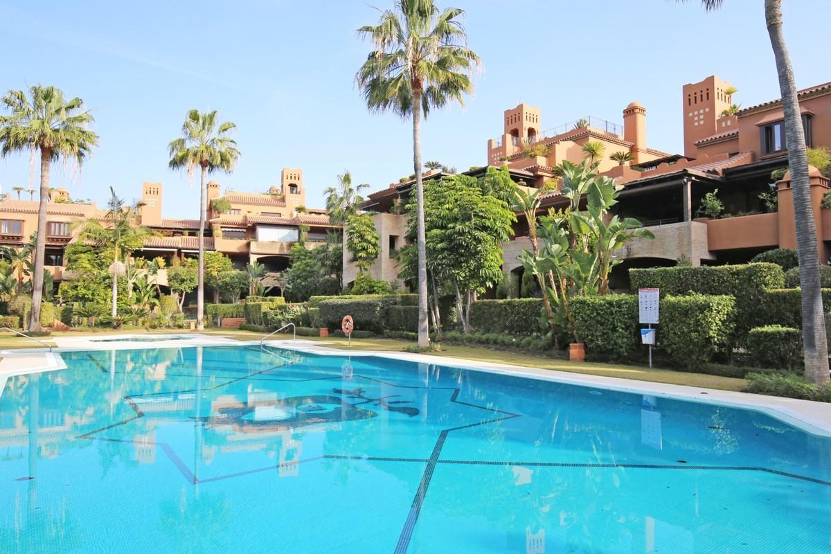 Penthouse en vente à Guadalmina Baja R3703829