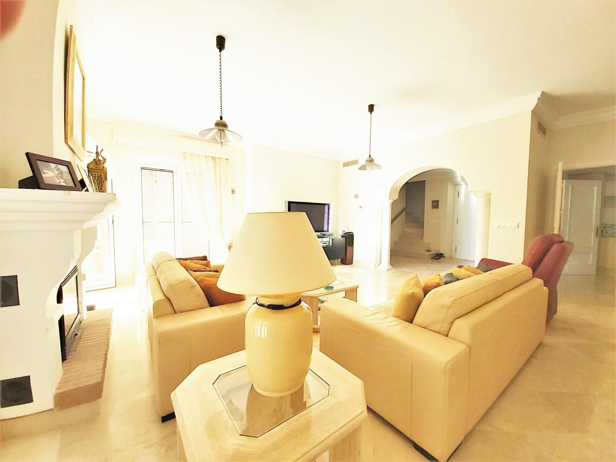 4 Bedroom Detached Villa For Sale Sotogrande Alto