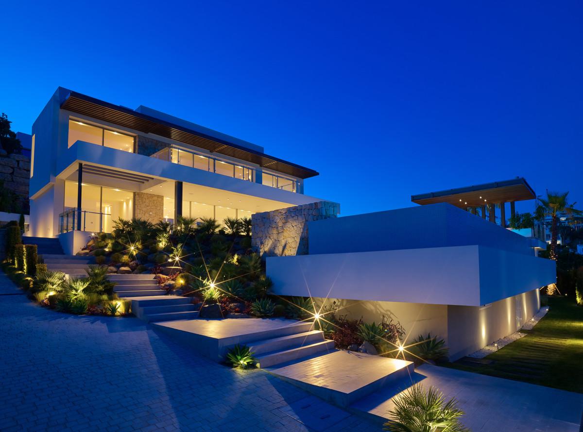 House in Atalaya R3683573 2