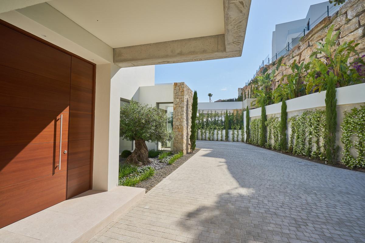 House in Atalaya R3683573 24
