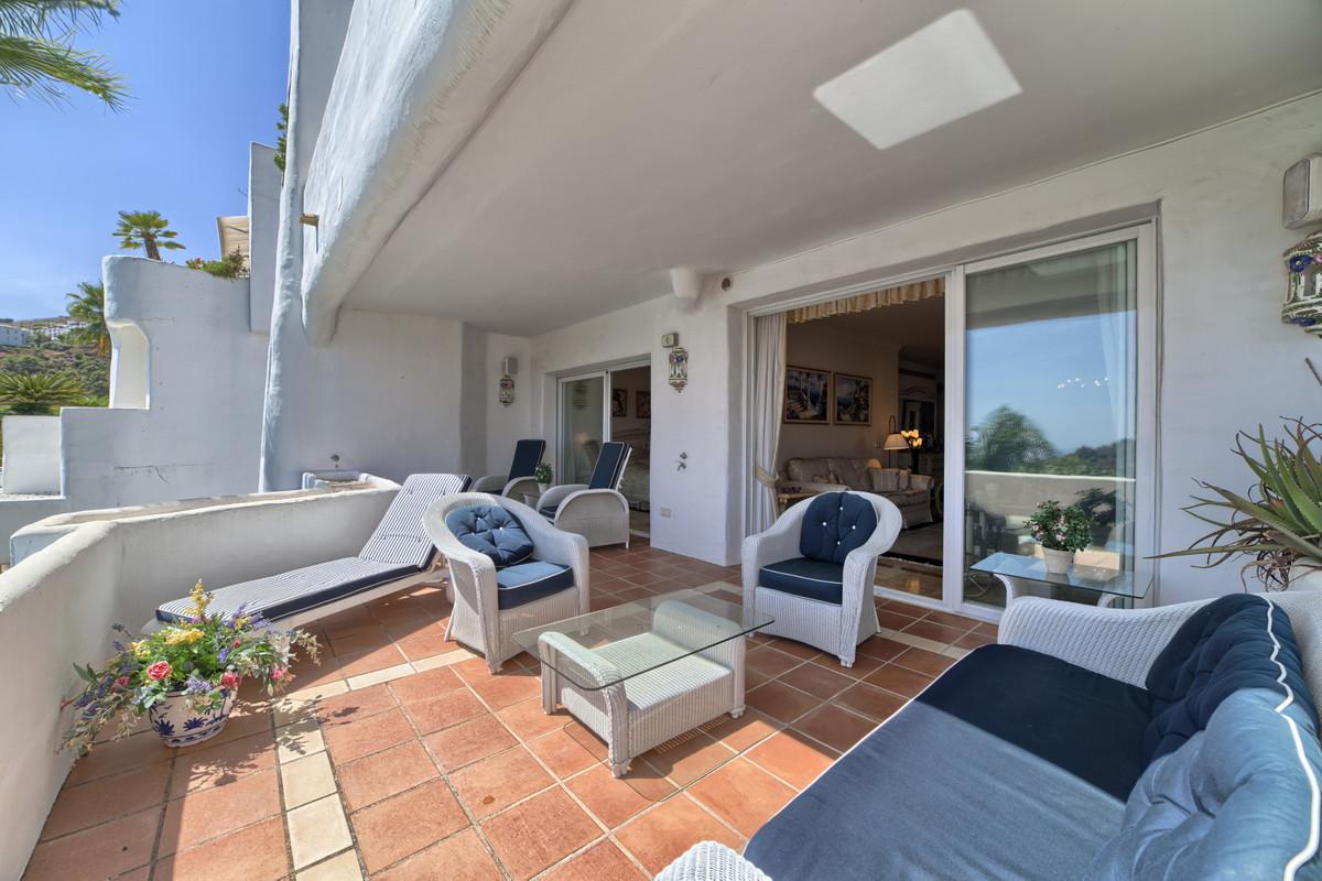 Ground Floor Apartment for sale in La Quinta R3710033