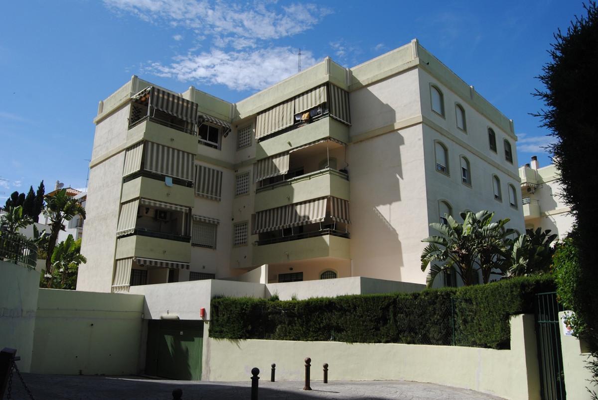 Apartamento Planta Baja a la venta en Torremolinos