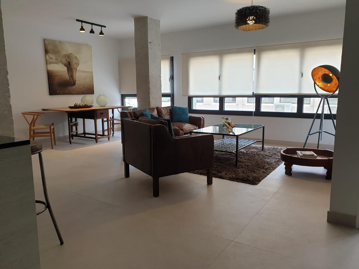 Fantastic apartment located next to Avenida de Andalucia, very close to Picasso Gardens, Corte IngleSpain