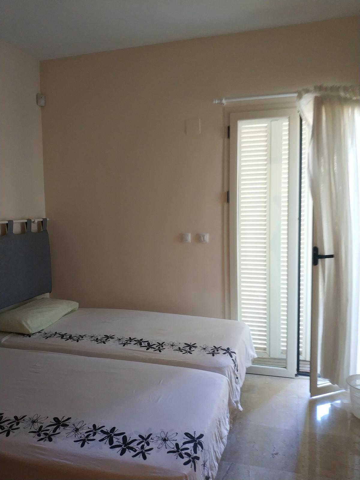 Apartment in Alhaurín de la Torre R3208939 15