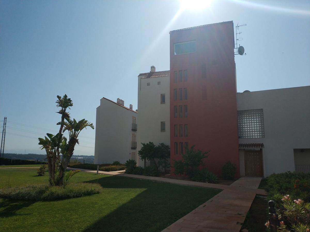 Apartment in Alhaurín de la Torre R3208939 22