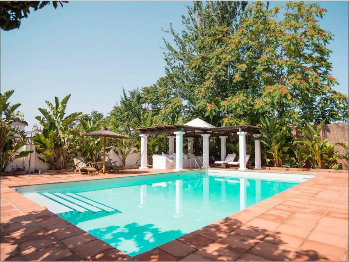 Villa - Chalet a la venta en Alhaurín de la Torre