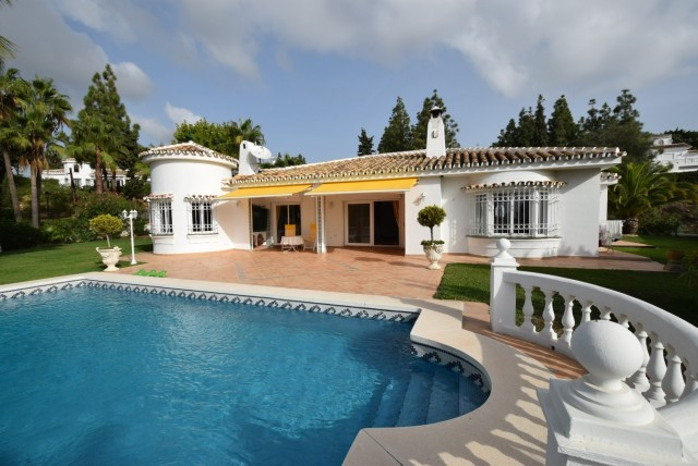 Villa 3 Dormitorios en Venta El Chaparral
