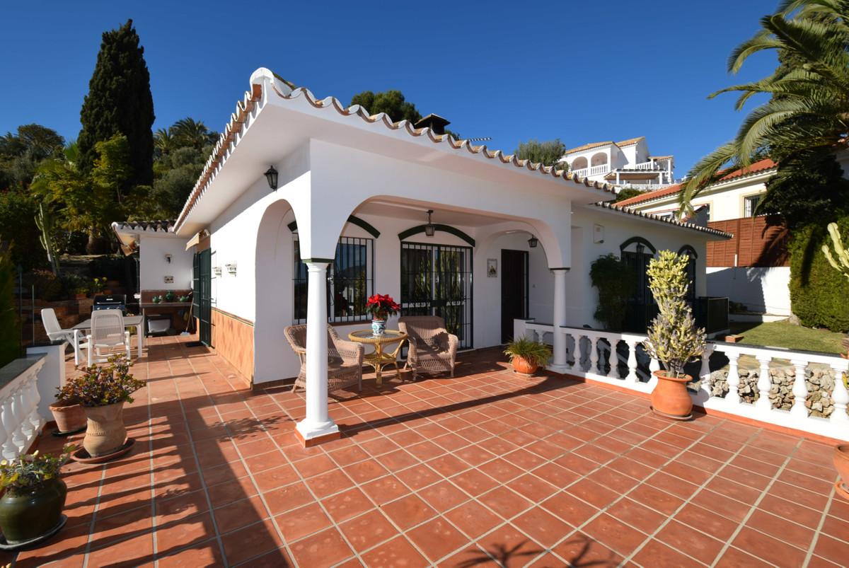 Villa con 3 Dormitorios en Venta Cerros del Aguila