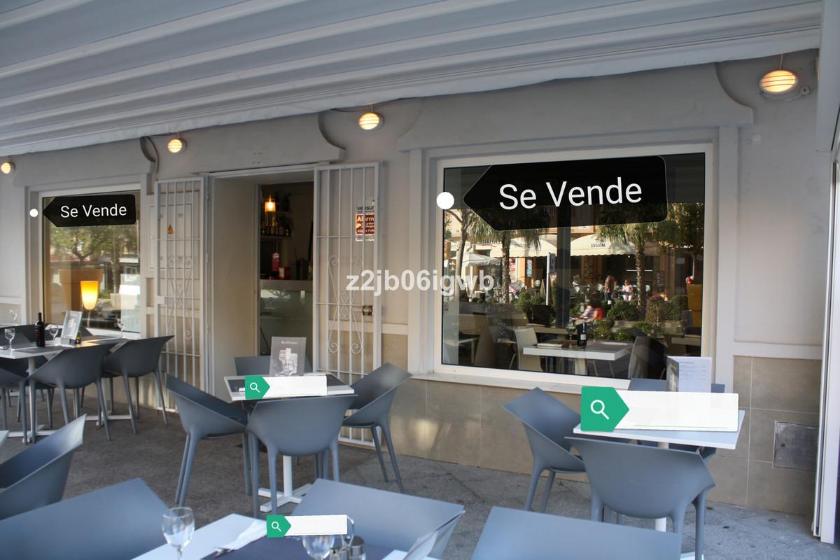 LEASEHOLD - Excellent Italian Restaurant/Bar Business Opportunity right in the Heart of Arroyo De La,Spain