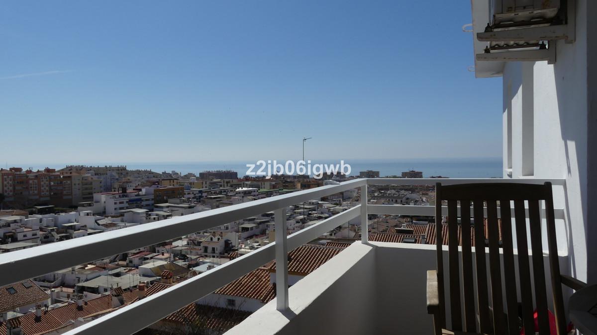 Top Floor Apartment in Arroyo de la Miel R3433783