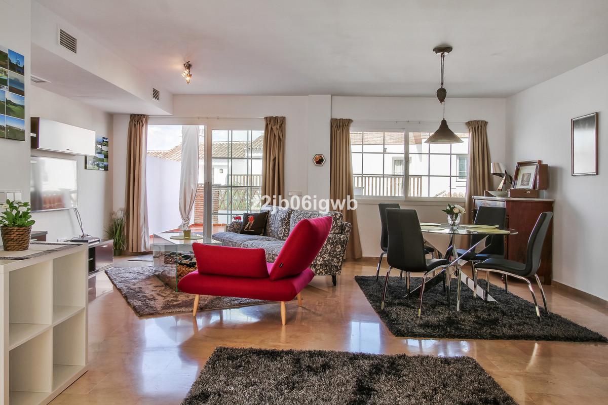 Apartment in Alhaurín de la Torre R3378196 10