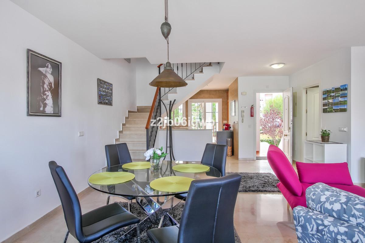 Apartment in Alhaurín de la Torre R3378196 12