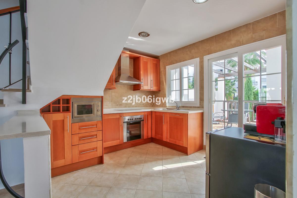 Apartment in Alhaurín de la Torre R3378196 2