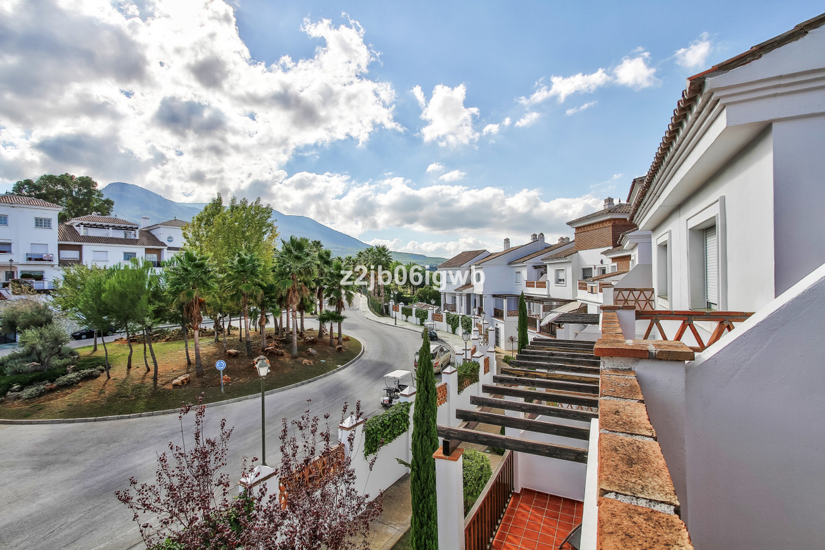 Apartment in Alhaurín de la Torre R3378196 7