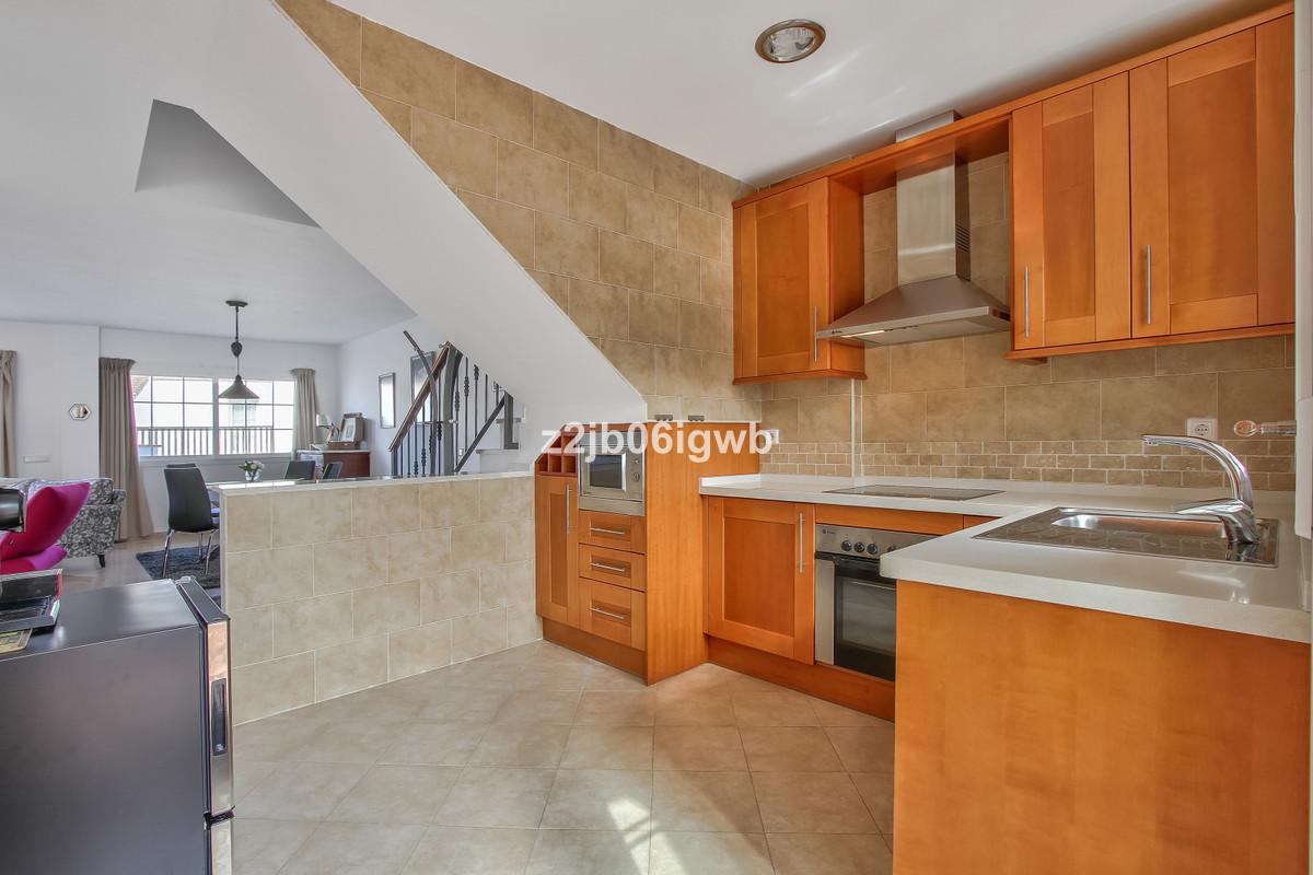 Apartment in Alhaurín de la Torre R3378196 8