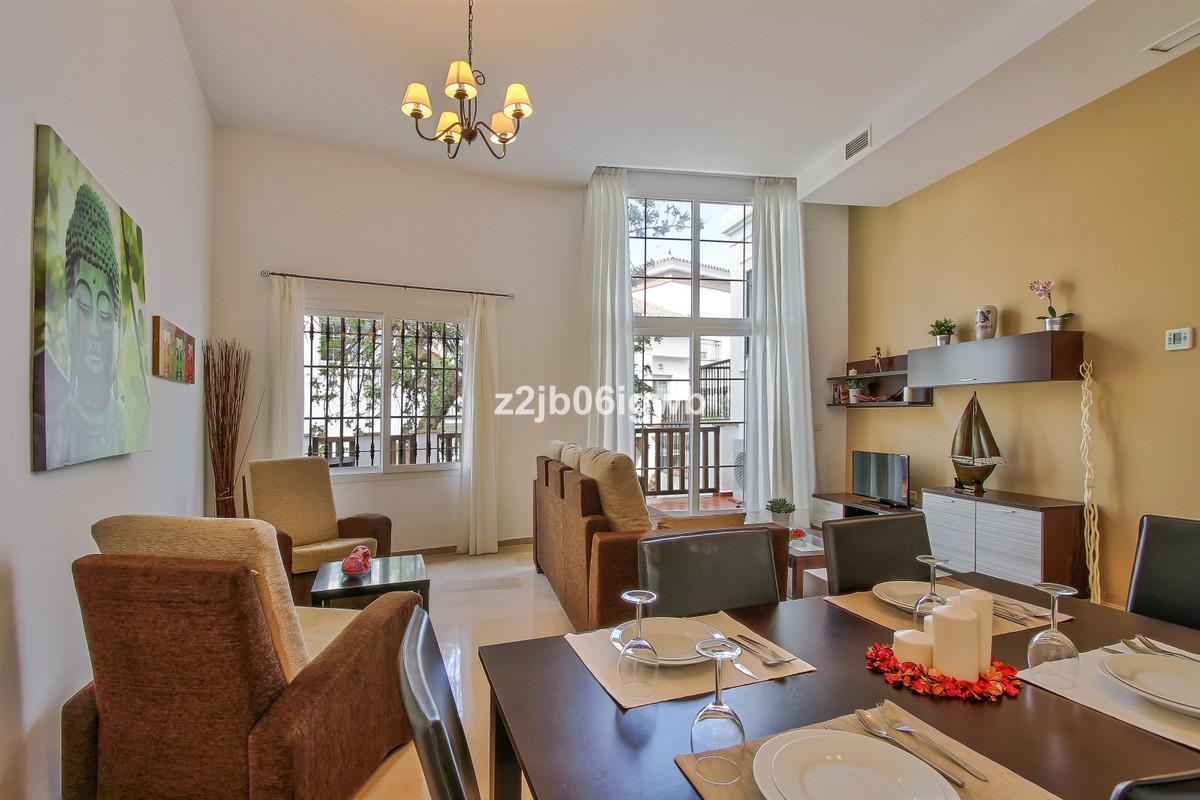 Apartment in Alhaurín de la Torre R3377881 1