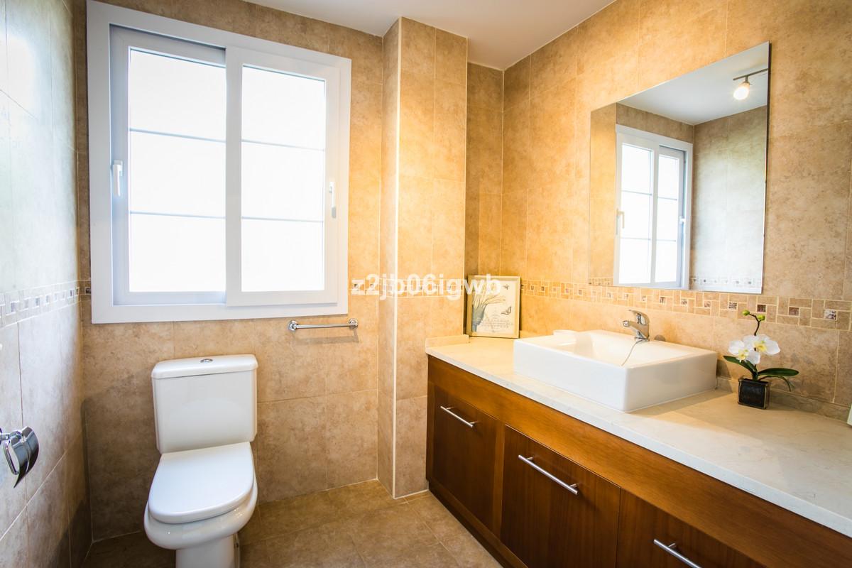 Apartment in Alhaurín de la Torre R3377881 12