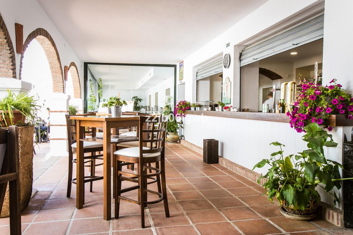 Apartment in Alhaurín de la Torre R3377881 21