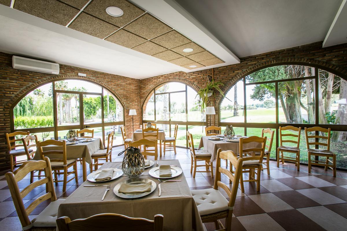 Apartment in Alhaurín de la Torre R3377881 24