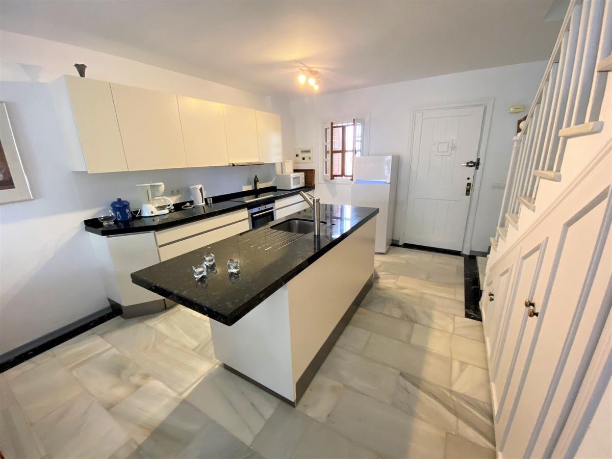 Townhouse, Cancelada, Costa del Sol. 2 Bedrooms, 2.5 Bathrooms, Built 106 m², Terrace 20 m².  Settin,Spain