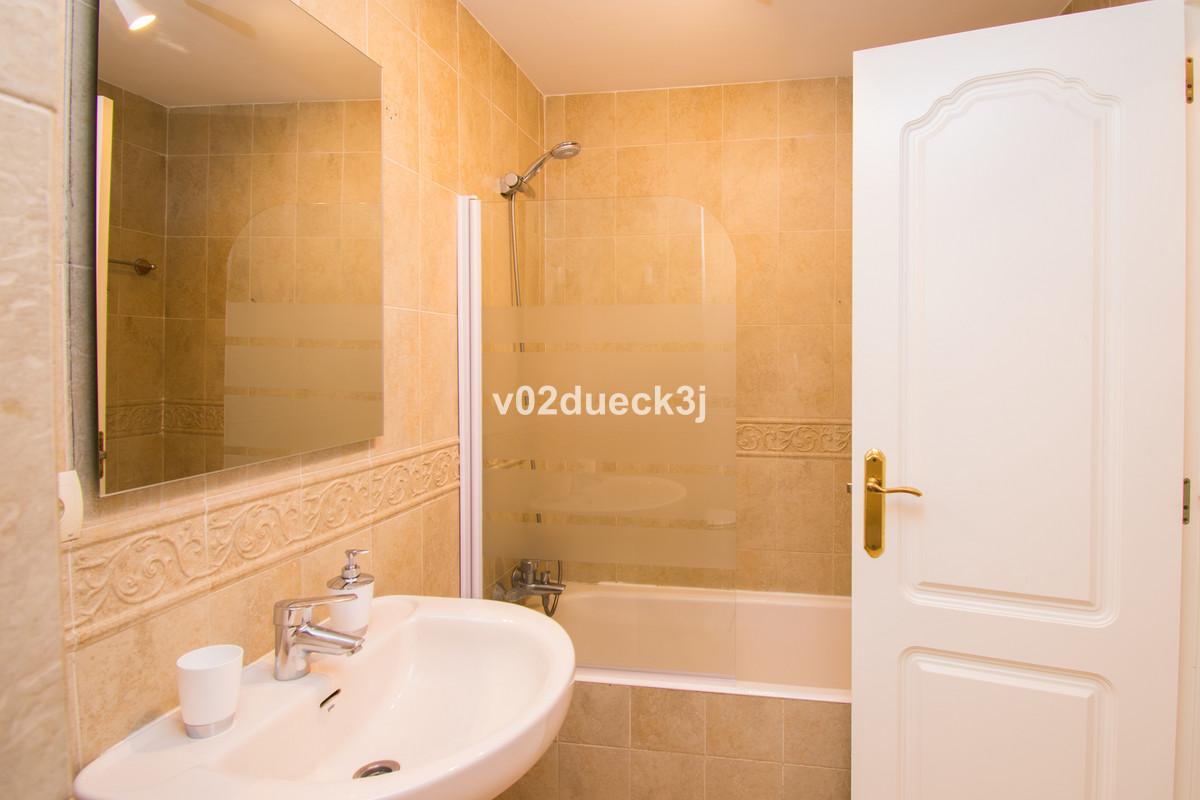 R3234250: Apartment for sale in Estepona